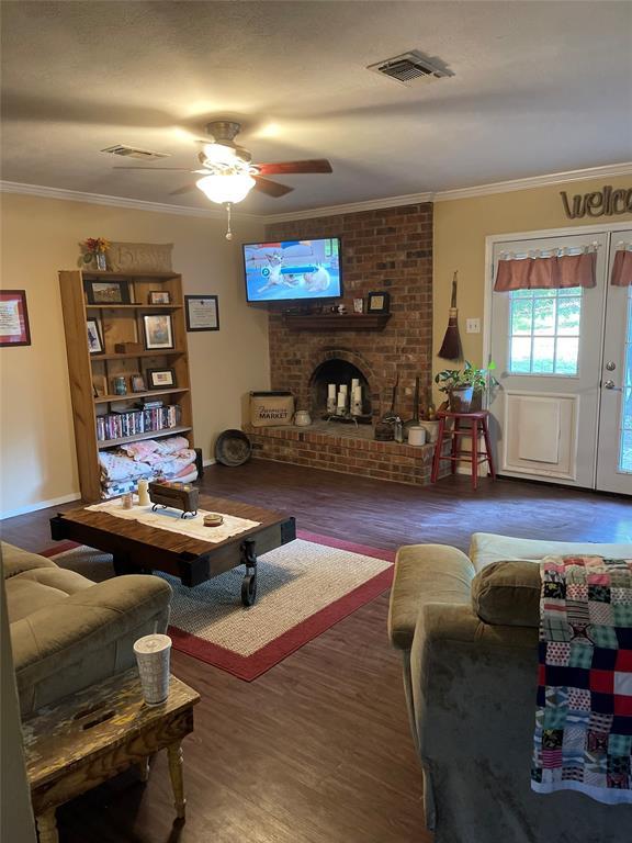 Sold Property | 1120 Highland Circle Springtown, Texas 76082 2