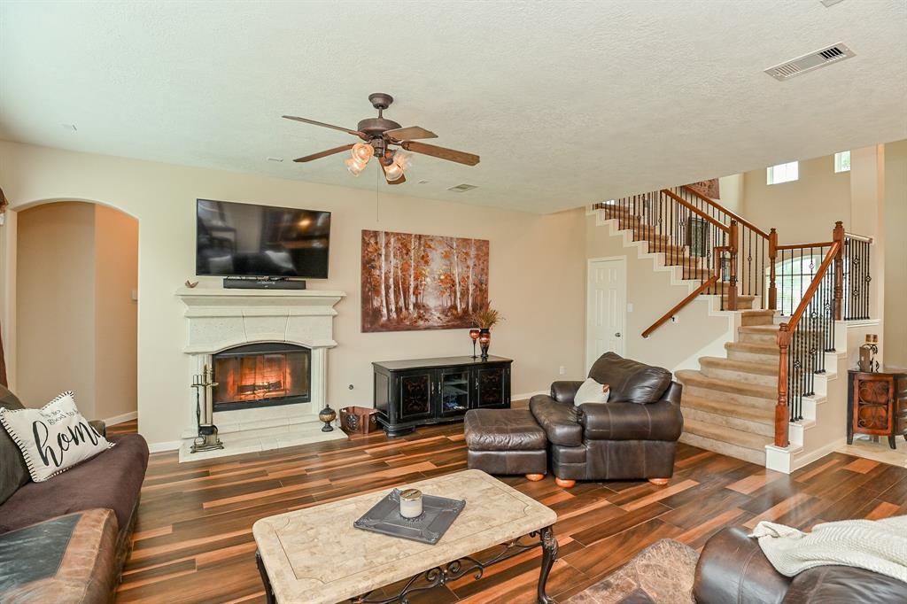 Off Market | 13602 Wild Lilac Court Pearland, Texas 77584 13