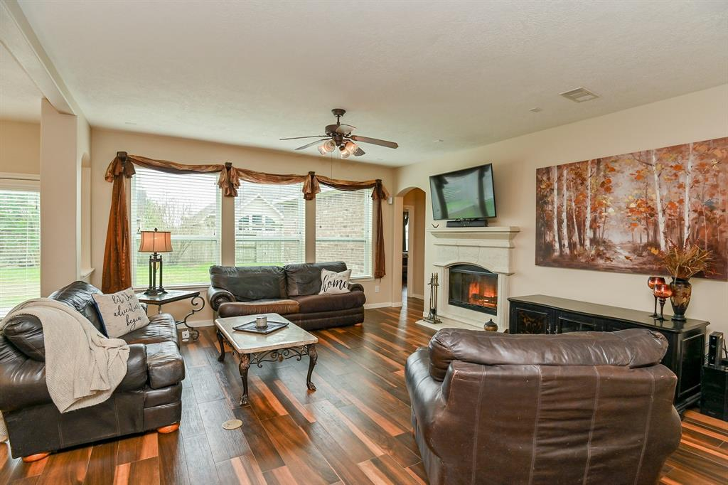 Off Market | 13602 Wild Lilac Court Pearland, Texas 77584 6