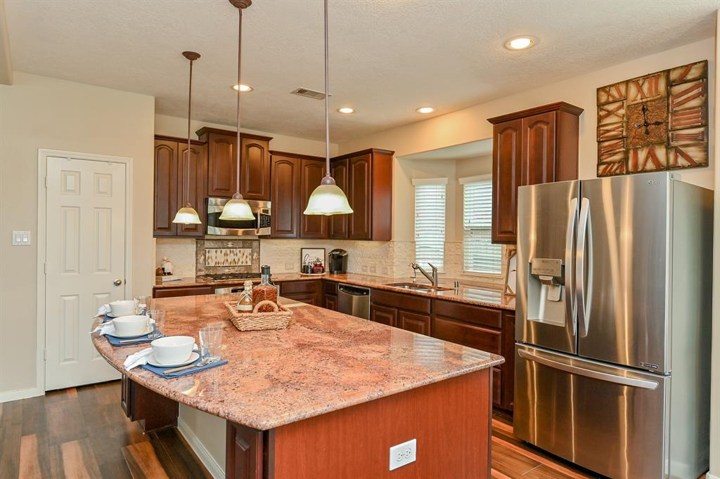 Off Market | 13602 Wild Lilac Court Pearland, Texas 77584 9