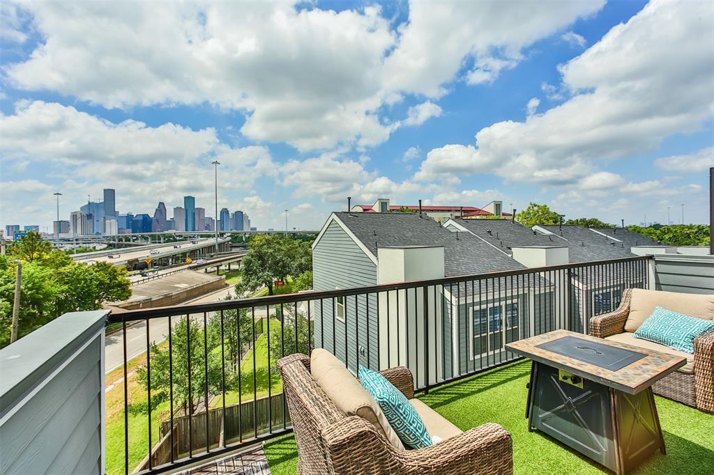 Off Market | 1205 Wrightwood Street Houston, Texas 77009 1