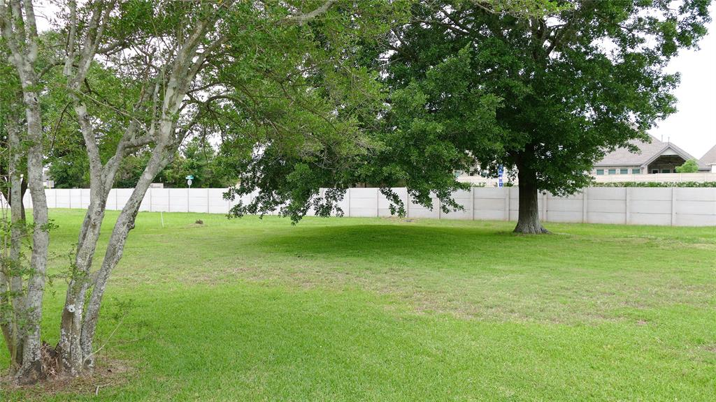 Active | 6014 Franz Court Katy, Texas 77493 6