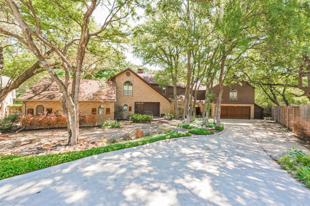 Pending   2701 Wooded Trail Court Grapevine, Texas 76051 1