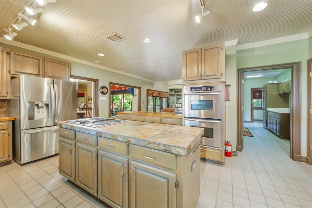 Pending   2701 Wooded Trail Court Grapevine, Texas 76051 5