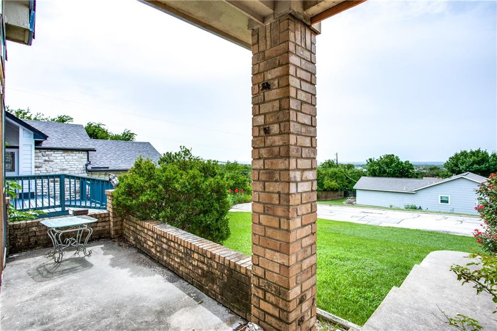 Closed   803 Broken Bow Drive Round Rock, TX 78681 1