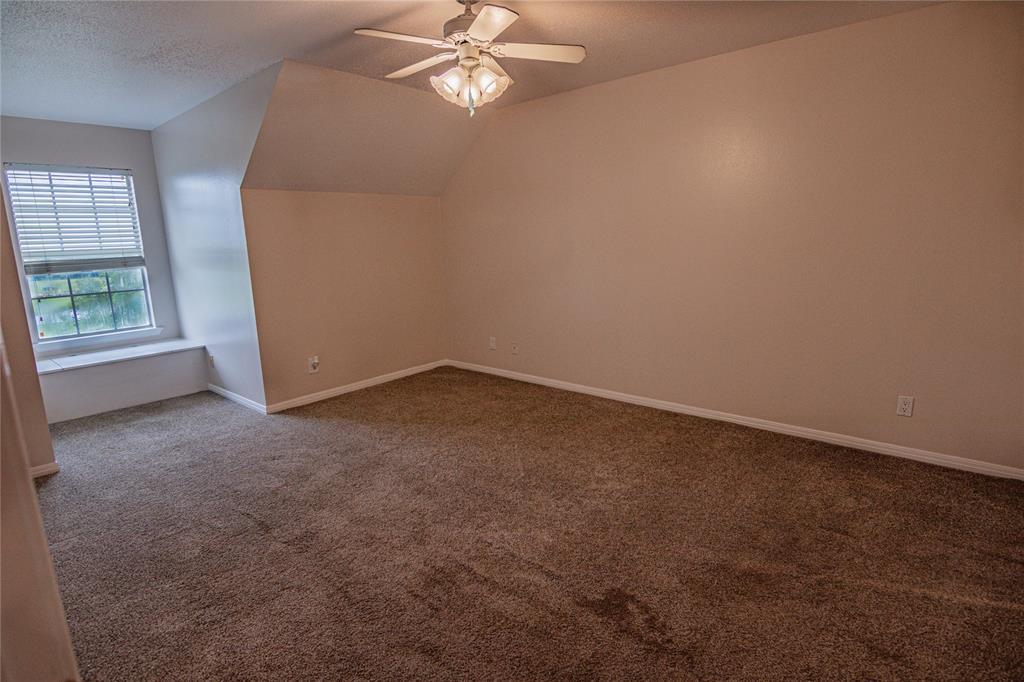 La Grange Willman Estate. House & Acreage-Paradise Found!   2040 W Guenther Lane La Grange, Texas 78945 15