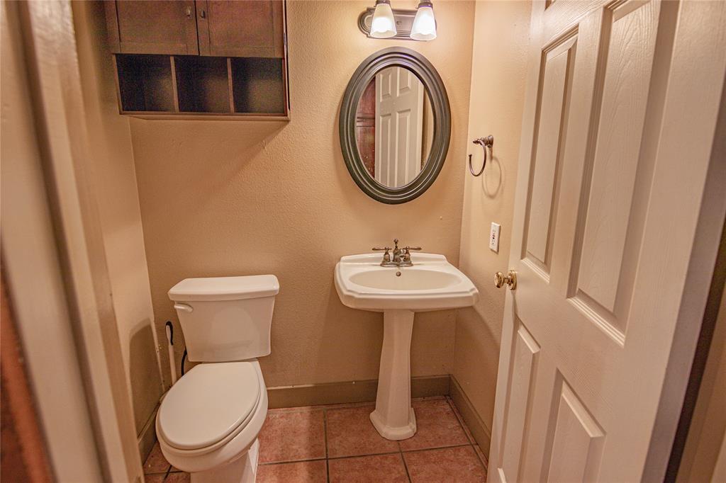 La Grange Willman Estate. House & Acreage-Paradise Found!   2040 W Guenther Lane La Grange, Texas 78945 19