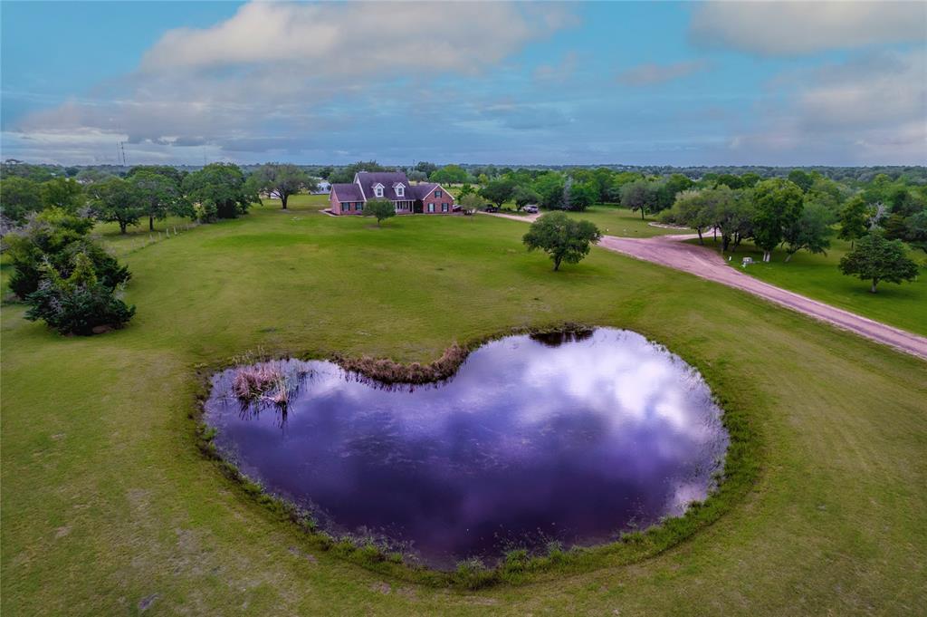 La Grange Willman Estate. House & Acreage-Paradise Found!   2040 W Guenther Lane La Grange, Texas 78945 4