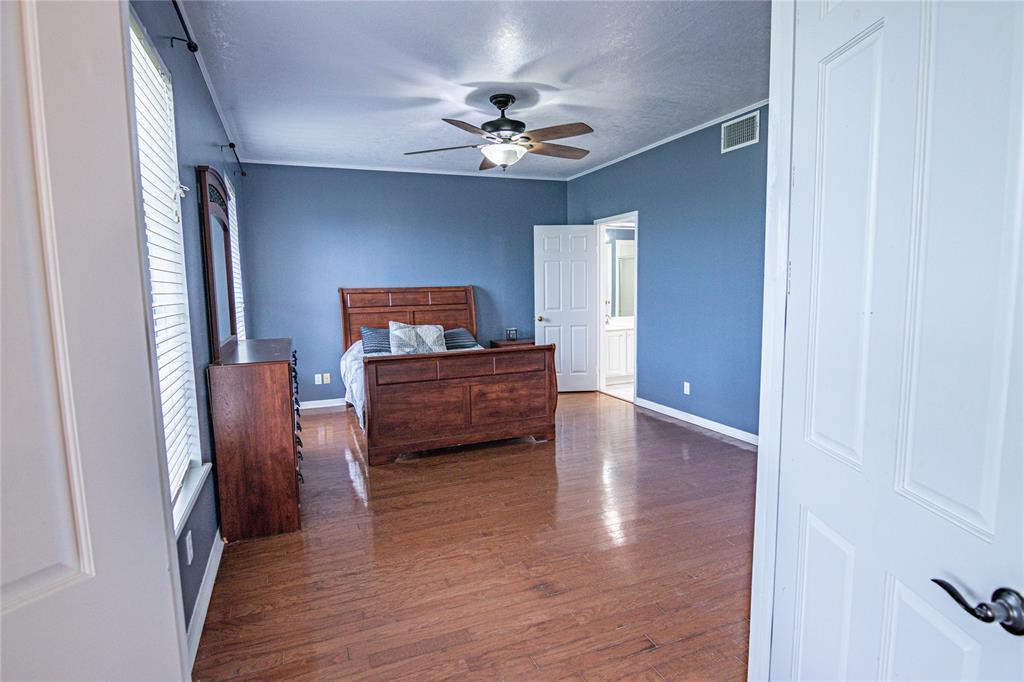 La Grange Willman Estate. House & Acreage-Paradise Found!   2040 W Guenther Lane La Grange, Texas 78945 25