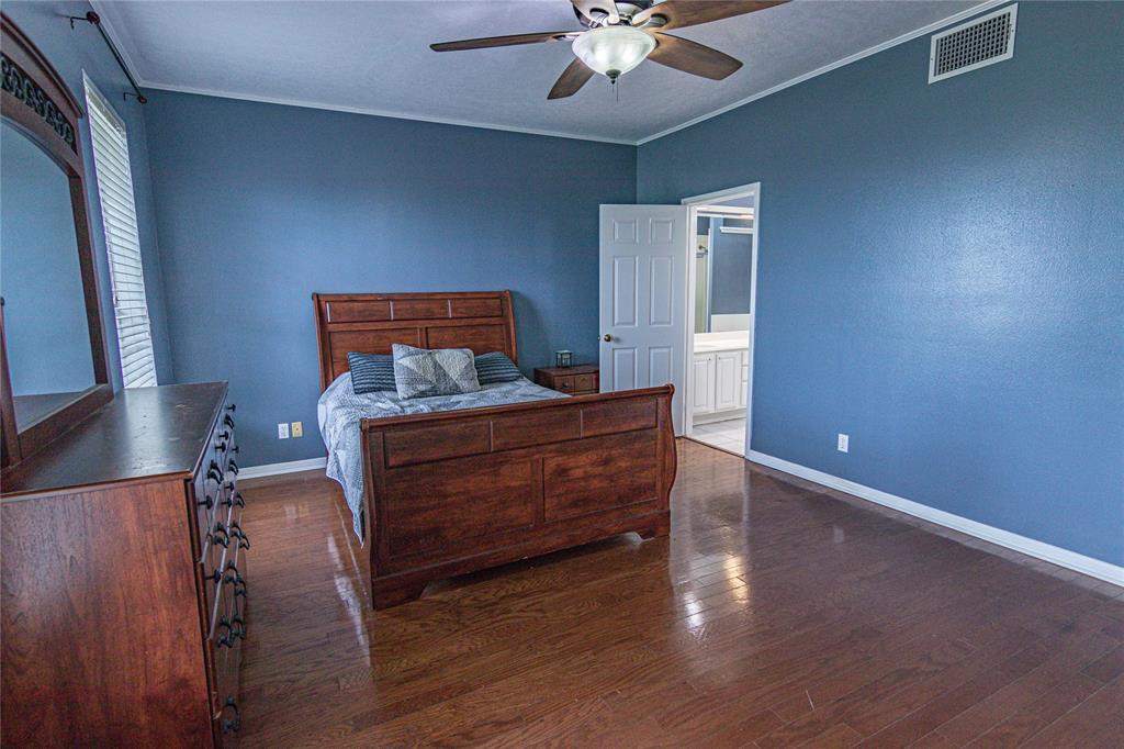La Grange Willman Estate. House & Acreage-Paradise Found!   2040 W Guenther Lane La Grange, Texas 78945 9