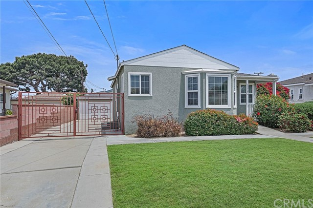Pending | 13782 Ramona Avenue Hawthorne, CA 90250 2