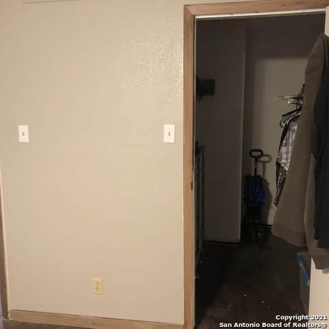 Pending   3243 Nacogdoches Rd #101 San Antonio, TX 78217 16