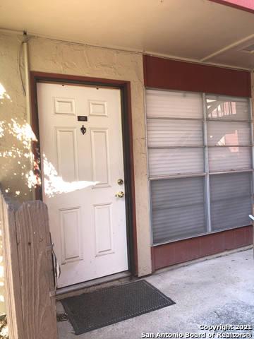 Pending   3243 Nacogdoches Rd #101 San Antonio, TX 78217 2