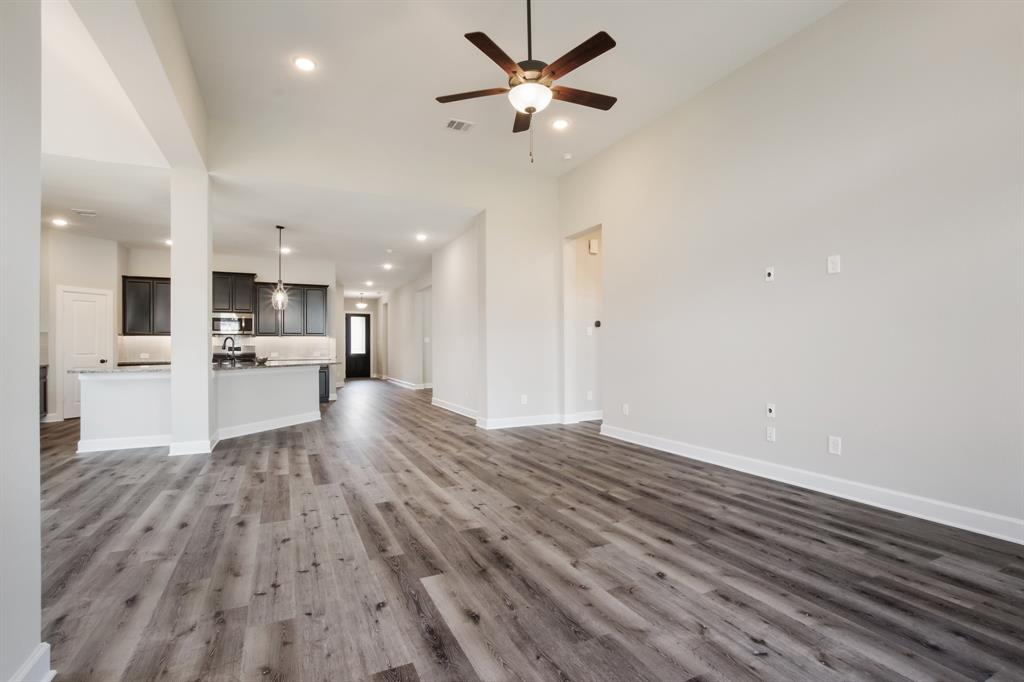 Active | 6603 Redwing Court Katy, Texas 77493 5