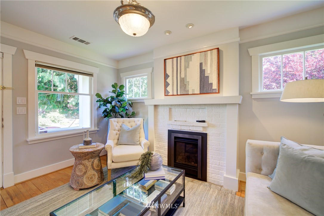 Sold Property | 1427 N 47th Street Seattle, WA 98103 5