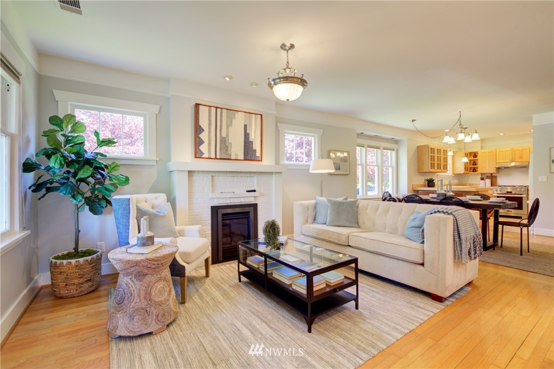 Sold Property | 1427 N 47th Street Seattle, WA 98103 3