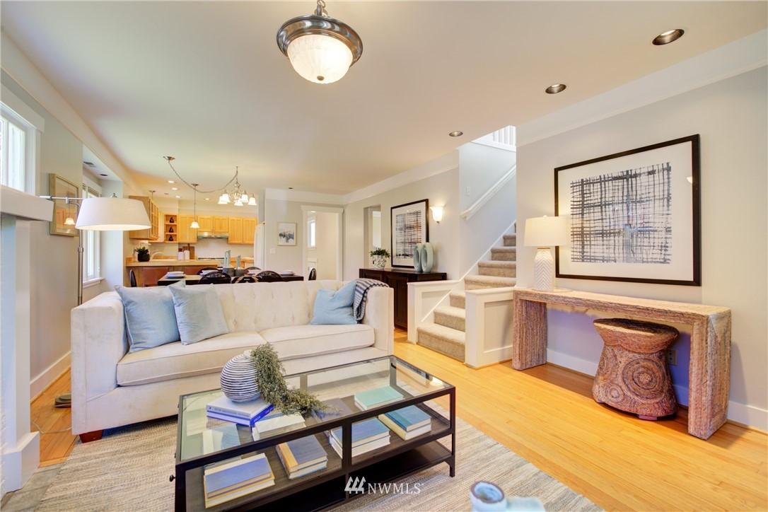Sold Property | 1427 N 47th Street Seattle, WA 98103 4