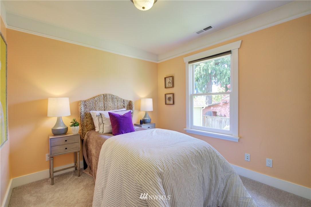 Sold Property | 1427 N 47th Street Seattle, WA 98103 18