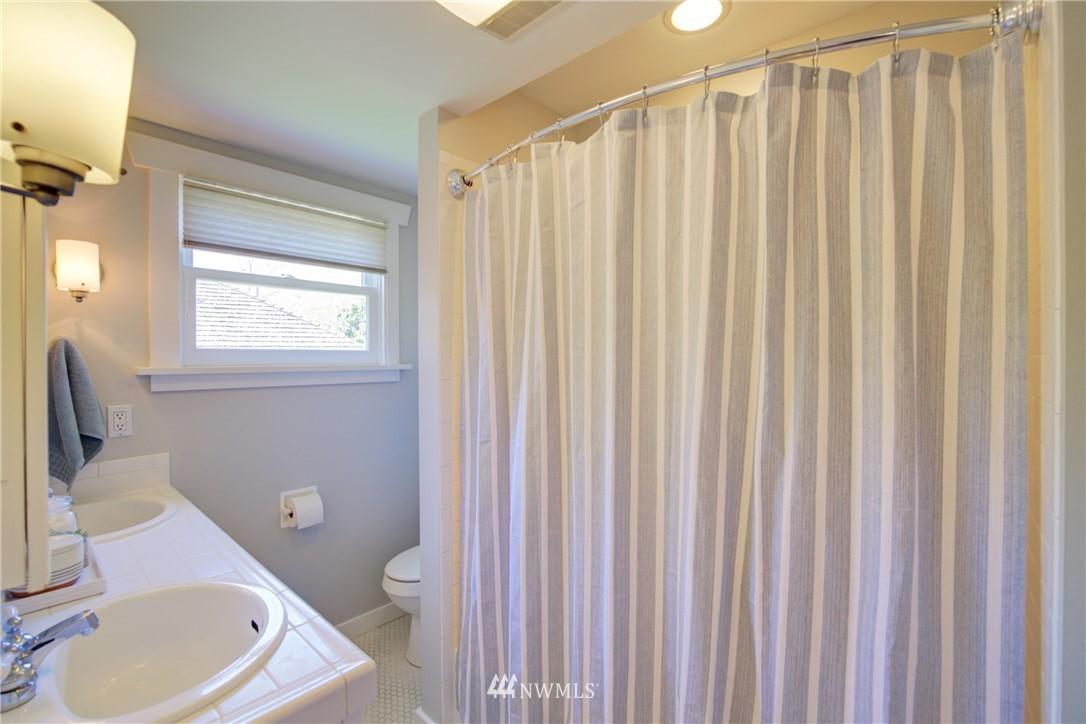 Sold Property | 1427 N 47th Street Seattle, WA 98103 17