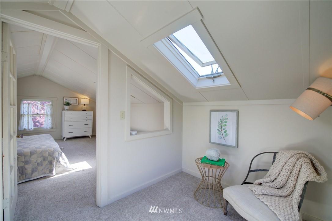 Sold Property | 1427 N 47th Street Seattle, WA 98103 15