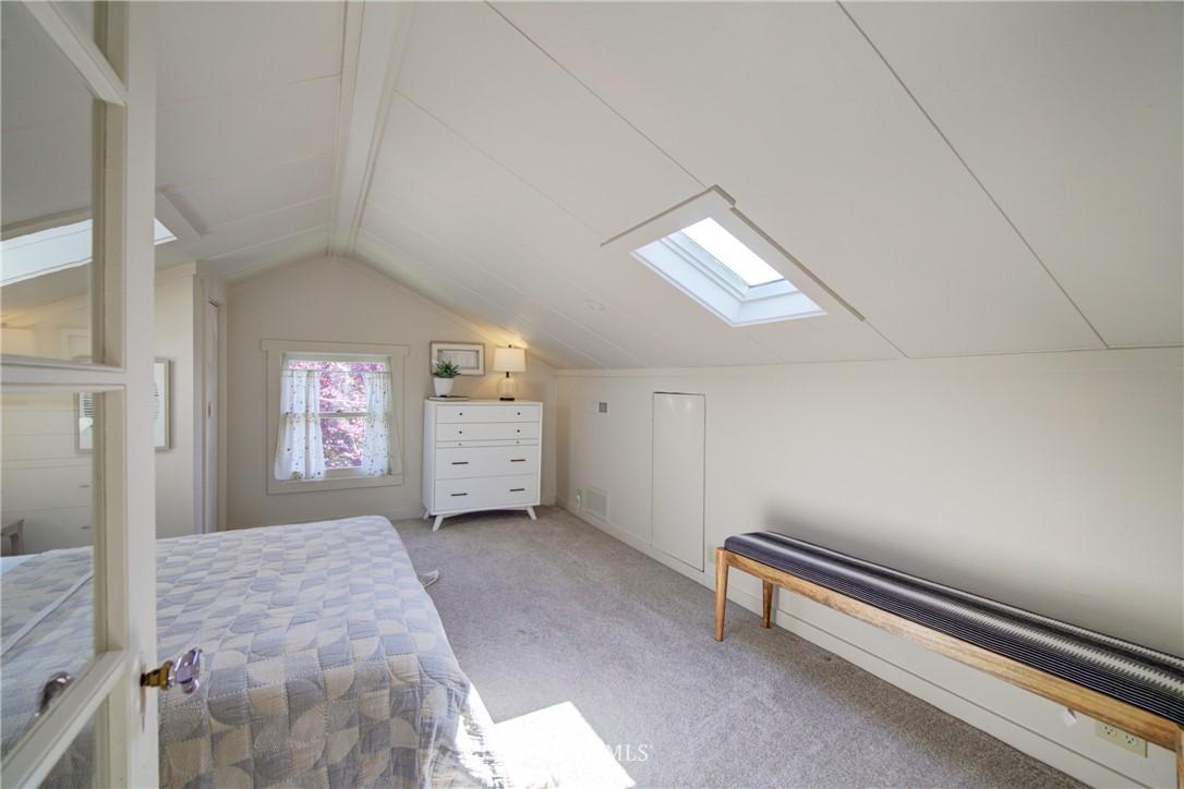 Sold Property | 1427 N 47th Street Seattle, WA 98103 13