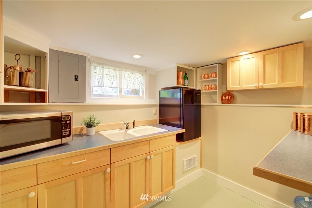 Sold Property | 1427 N 47th Street Seattle, WA 98103 22