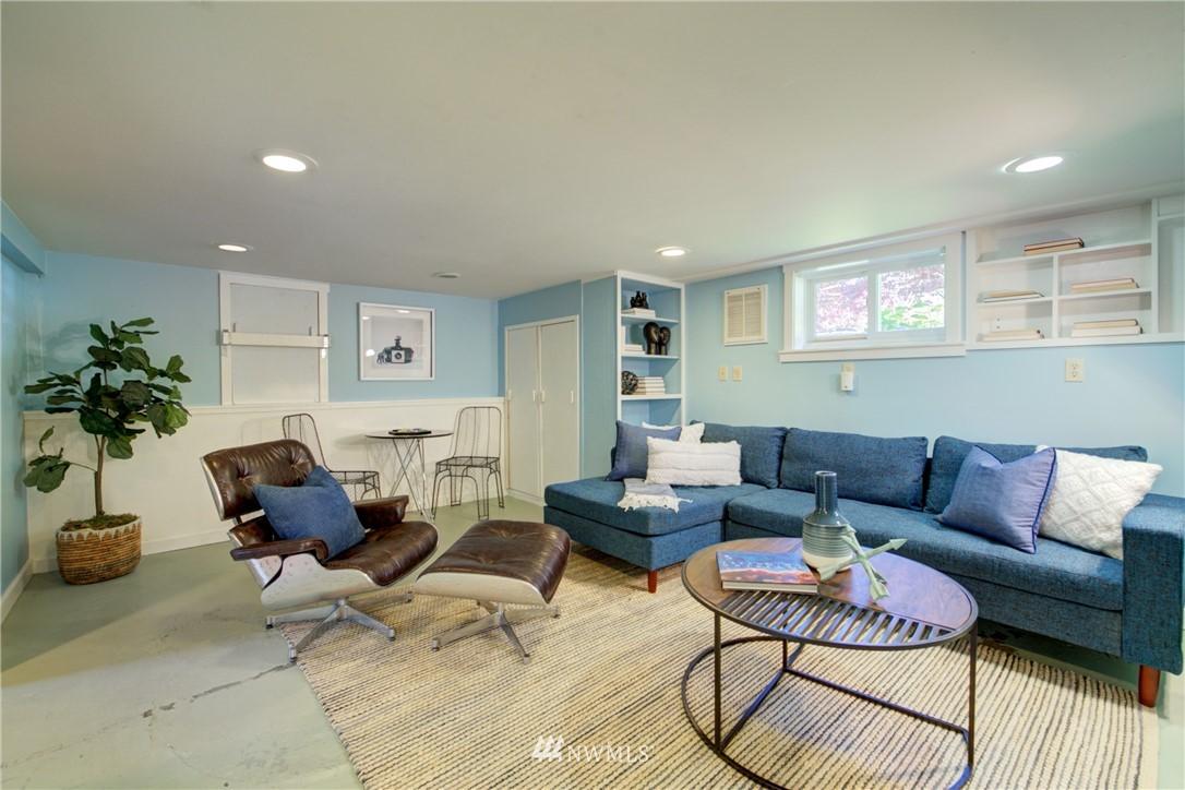Sold Property | 1427 N 47th Street Seattle, WA 98103 23