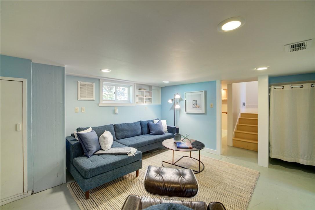Sold Property | 1427 N 47th Street Seattle, WA 98103 24