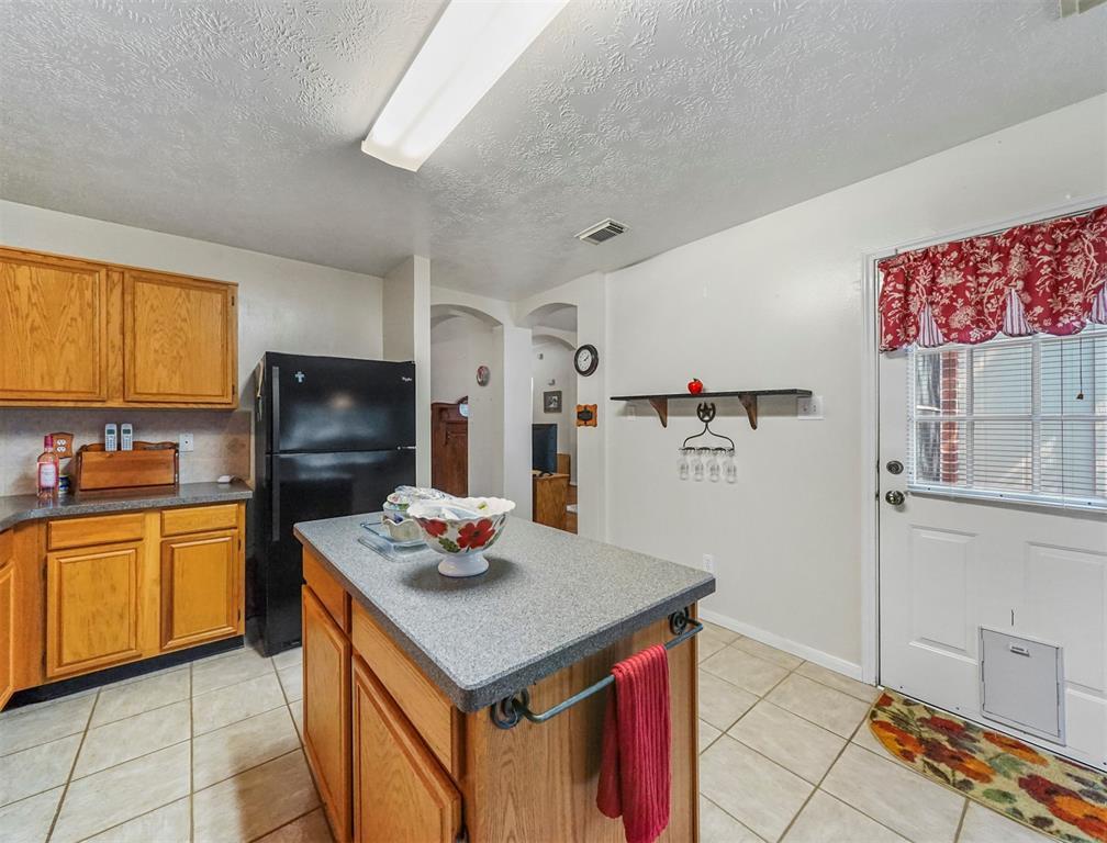 Pending | 15138 Red Cedar Cove Lane Cypress, Texas 77433 11