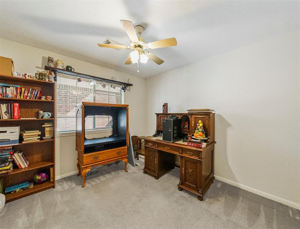 Pending | 15138 Red Cedar Cove Lane Cypress, Texas 77433 25