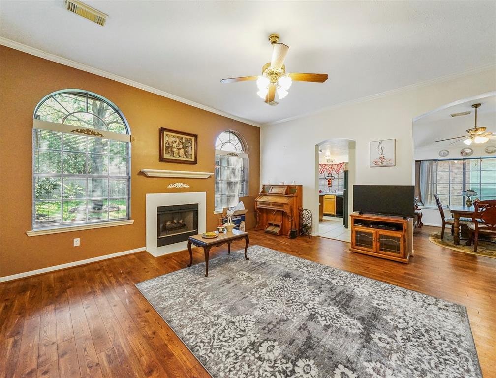Pending | 15138 Red Cedar Cove Lane Cypress, Texas 77433 8