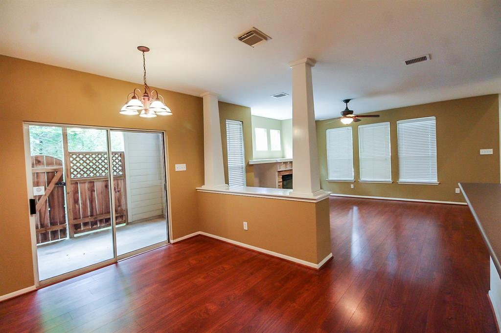 Active | 52 Scarlet Woods Court The Woodlands, Texas 77380 10
