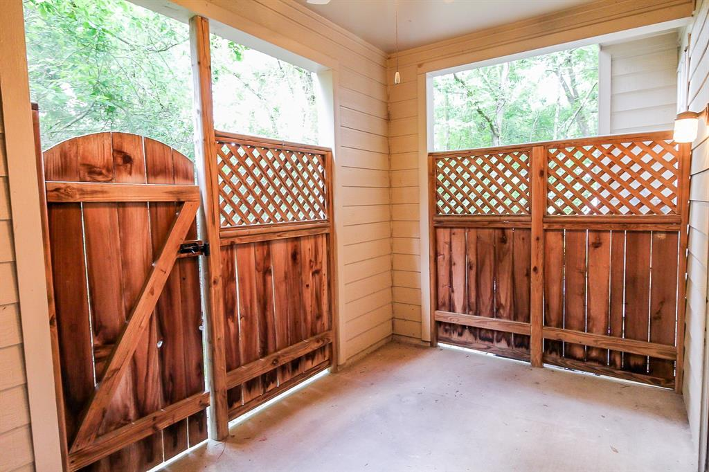 Active | 52 Scarlet Woods Court The Woodlands, Texas 77380 13