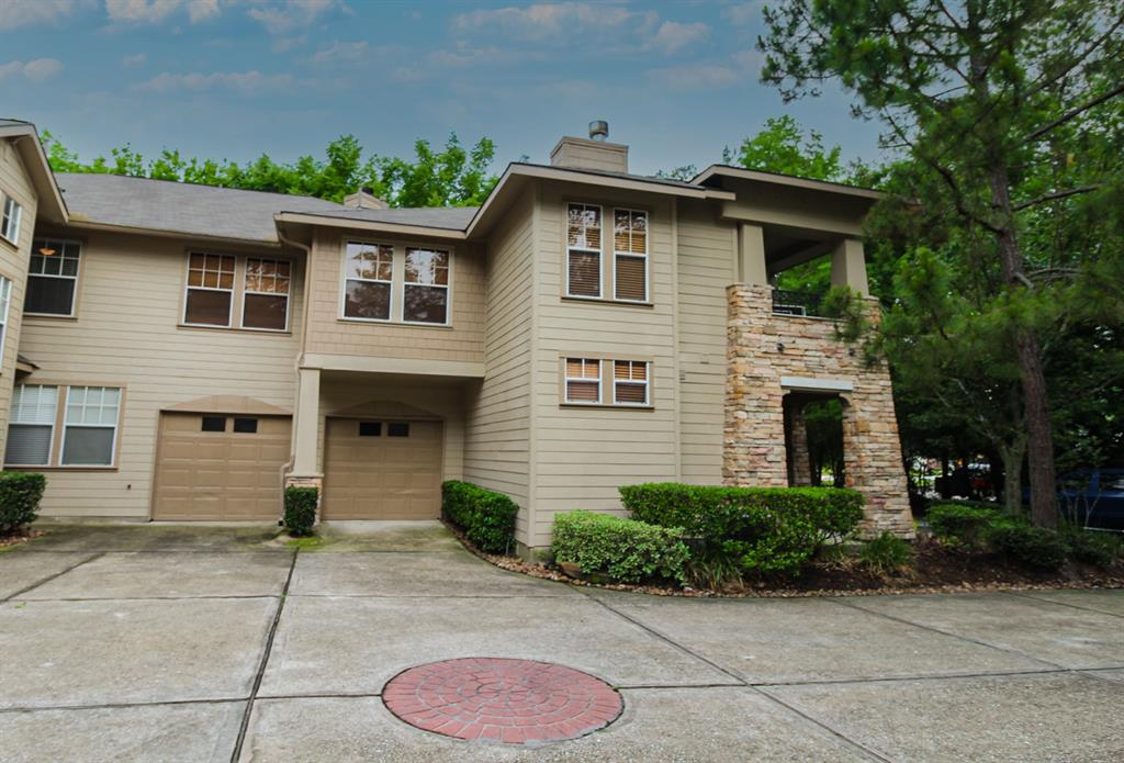 Active | 52 Scarlet Woods Court The Woodlands, Texas 77380 4