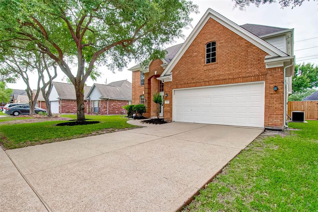 Off Market   17803 Scenic Oaks Drive Richmond, Texas 77407 1
