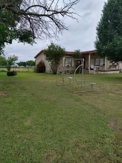 Pending | 1106 Spring Flower Drive Krum, Texas 76249 16