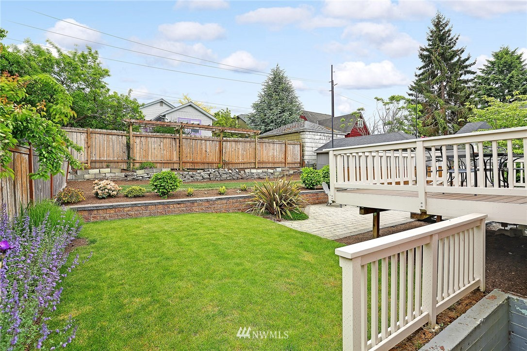 Sold Property | 7354 12th Avenue NW Seattle, WA 98117 21