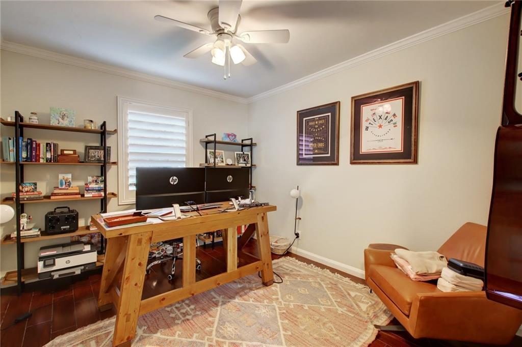 Pending | 2900 Windsor Road Austin, TX 78703 31