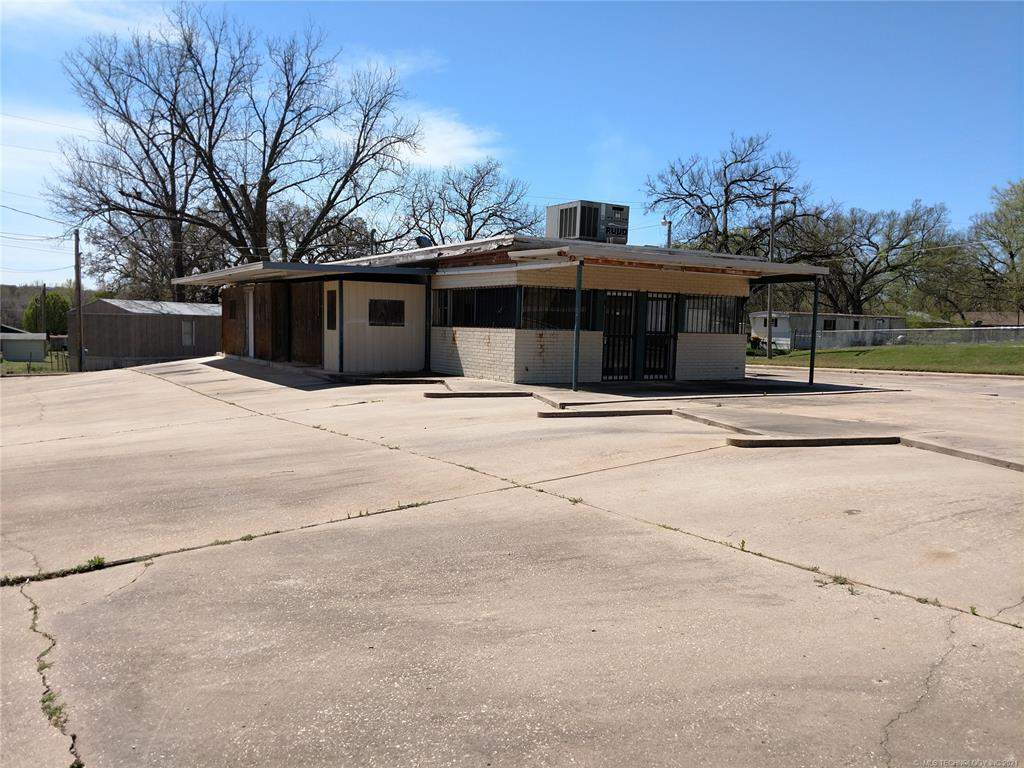Active | 1009 W Caddo Street Cleveland, Oklahoma 74020 3
