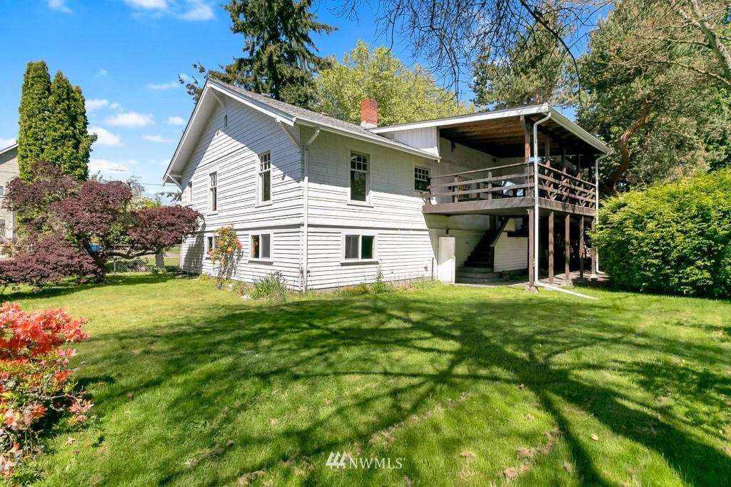 Sold Property | 8438 12th Avenue SW Seattle, WA 98106 22