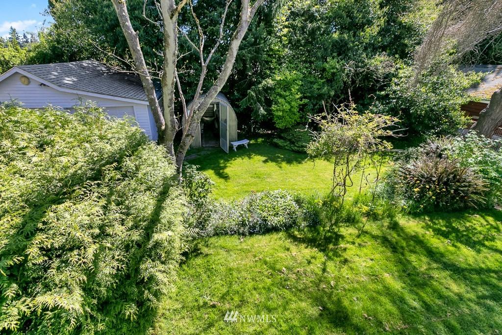 Sold Property | 8438 12th Avenue SW Seattle, WA 98106 24