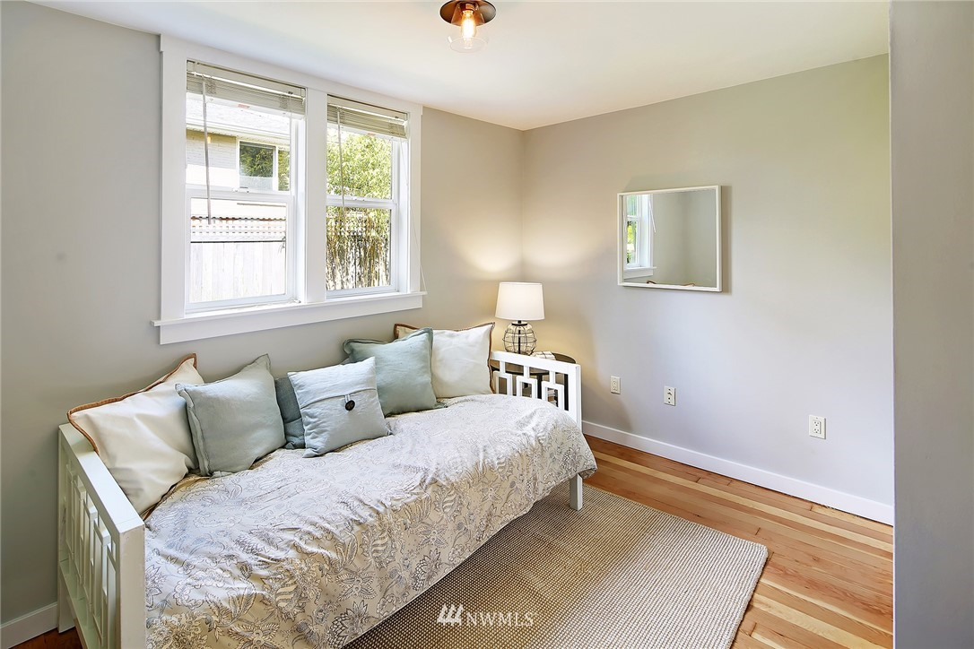 Sold Property   912 NW 83rd Street Seattle, WA 98117 13