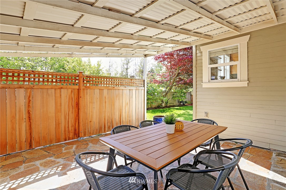 Sold Property   912 NW 83rd Street Seattle, WA 98117 18