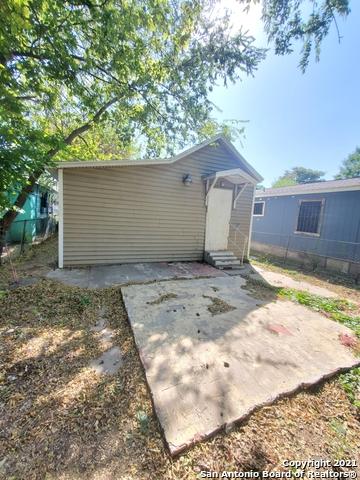 Active Option | 309 MONTEZUMA ST San Antonio, TX 78207 1