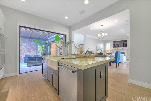 Closed | 42 Swift Lake Forest, CA 92630 17