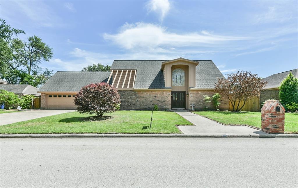 Pending | 1513 22nd Avenue N Texas City, Texas 77590 1