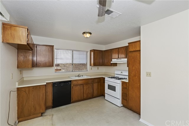 Closed | 24118 Fawn Street Moreno Valley, CA 92553 8