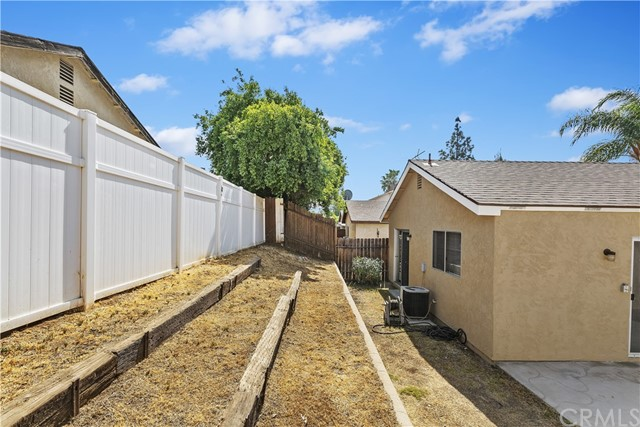 Closed | 24118 Fawn Street Moreno Valley, CA 92553 21