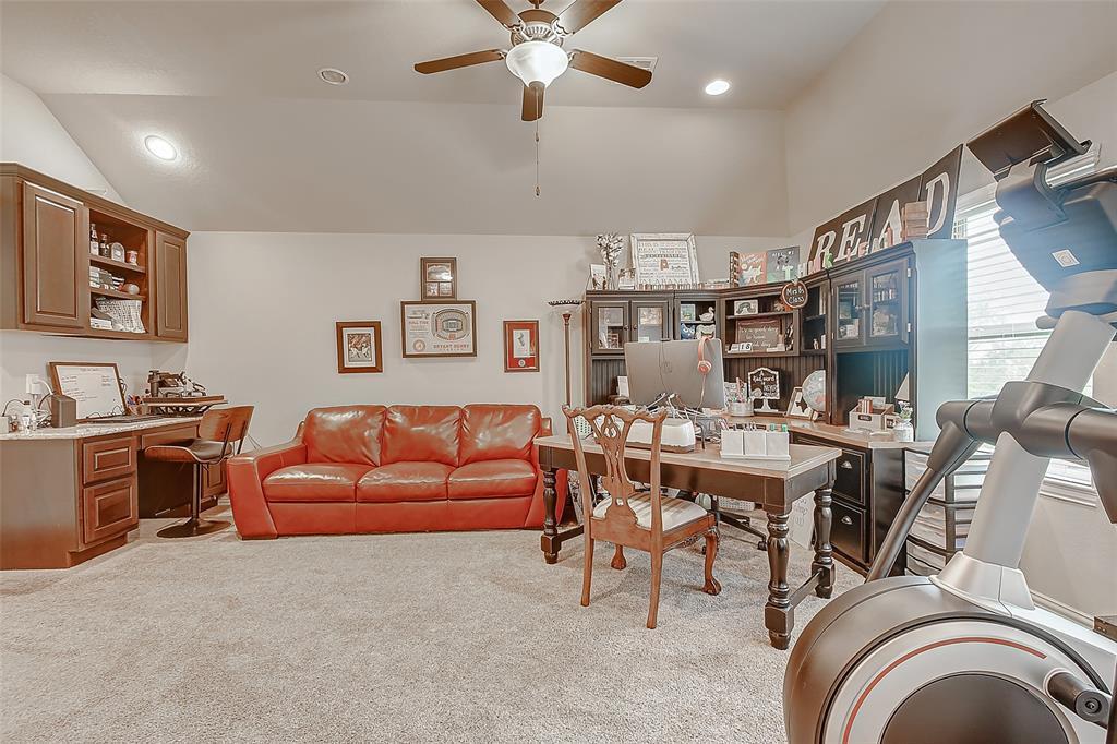 Off Market   211 N Vershire Circle Magnolia, Texas 77354 36