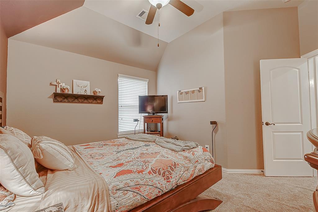 Off Market   211 N Vershire Circle Magnolia, Texas 77354 43